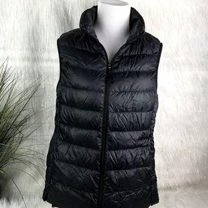 Uniqlo Ultra Light Down Vest Size M